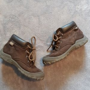 Oshkosh boys size 10 lace up boots